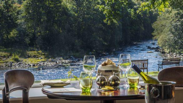 Das Banchory Lodge Hotel liegt romantisch an den Ufern des River Dee