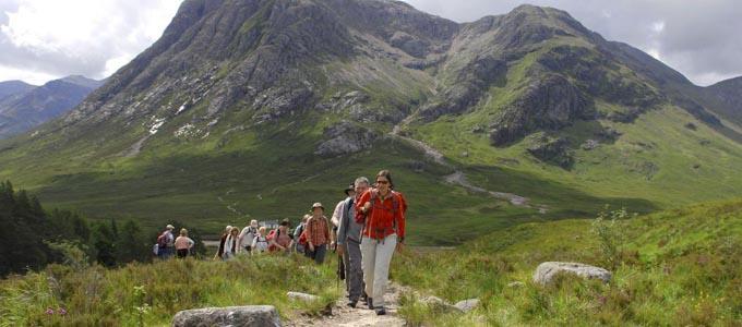 Bei Wikinger Reisen stehen aktive Erlebnisse und geselliges Beisammensein im Vordergrund
