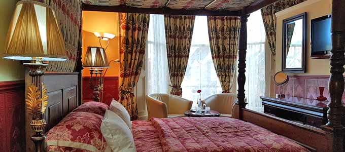 Hinter der Fassade eines viktorianischen Stadthauses verbirgt sich das Lauderville Guest House in Edinburgh