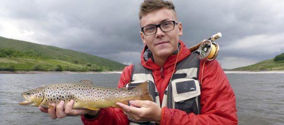 Glasklare Flüsse und tiefe Seen machen Schottland zu einem Topziel zum Angeln