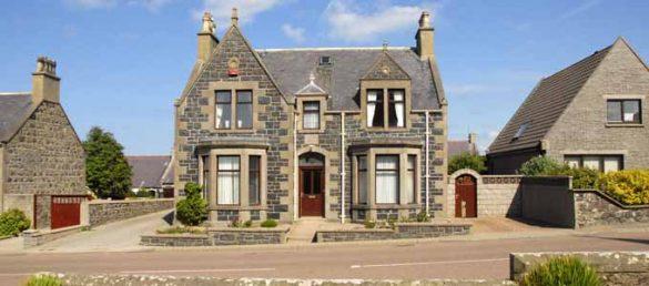Rosemarie und Marco Crameri betreiben das Boyne-Villa B&B in Whitehills an der Banffshire Coast
