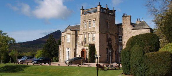 Der Berliner Veranstalter Britain and Ireland Tours bietet maßgeschneiderte Schottlandreisen an