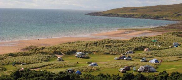 Das Campen im Nordwesten Schottlands ist noch immer mit unvergesslichen Naturerlebnissen und spektakulären Landschaften verbunden