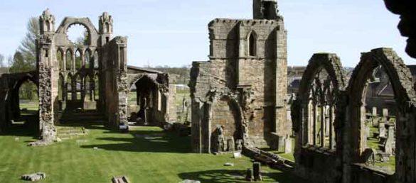 Elgin Cathedral in Morayshire galt als das eleganteste Kirchengebäude Schottlands und wird daher von Historic Scotland betreut