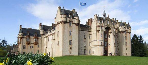 Fyvie Castle nordwestlich von Aberdeen ist ein wahres Schloss wie aus dem Bilderbuch