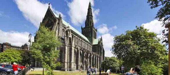 Glasgow Cathedral ist der größte gotische Sakralbau Schottlands und wird von Historic Scotland verwaltet