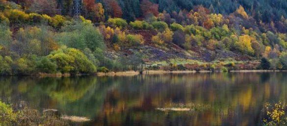 Der Kaledonische Kanal verbindet Fort William über drei Seen und River Ness mit Inverness