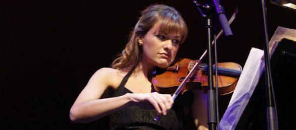 Die begnadete Geigerin Nicola Benedetti hat soeben ihr neues Album »Homecoming: A Scottish Fantasy« veröffentlicht
