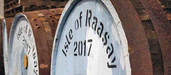 Die Isle of Raasay Distillery stellt mit ihren Zimmern eine Brennerei mit Aussicht dar