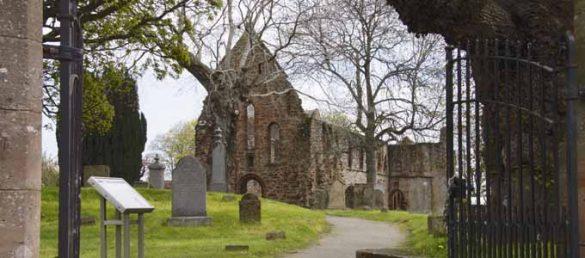 Mit Rabbie's kann man auf den Spuren der Highlander aus Diana Gabaldons Outlander-Saga wandeln