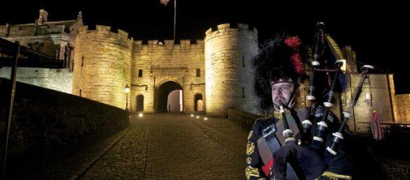 Stirling Castle gilt als ikonische Felsenburg und eine der bedeutendsten Festungsanlagen des Landes