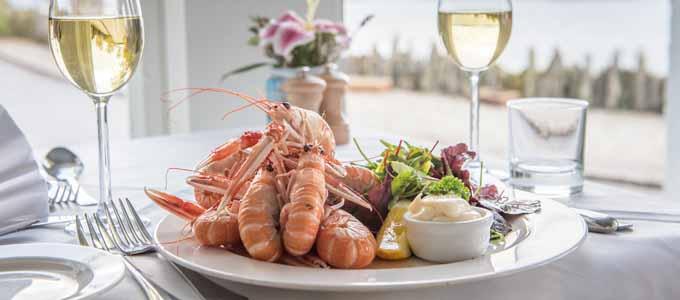 Das Crinan Hotel liegt am Ende des Crinan Canals und bietet eine preisgekrönte Gastronomie