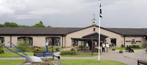 Unter dem Namen »Simply the Best Shopping Destinations« findet man alle Besucherzentren der Edinburgh Woollen Mills in Schottland und dem Rest von Großbritannien