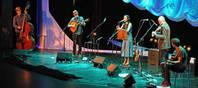 Der Journalist Udo Haafke hat ein spannendes Interview mit der berühmten Folkmusikerin Julie Fowlis geführt