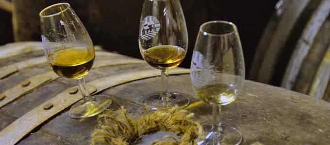 Der Spezialist für hochwertige Kultur- und Whiskyreisen REISEKULTOUREN bietet eine sehr exklusive Luxusreise nach Schottland an