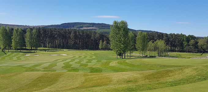 Das Inchmarlo Resort in der herrlichen Landschaft von Royal Deeside liegt in unmittelbarer Nähe zu dem Paul Lawrie Golf Centre