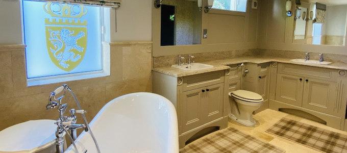 Die East Lodge am Crossbasket Castle bietet ein luxuriöses Ferienhaus mit viel Privatsphäre