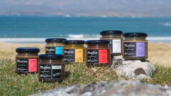 The Hebridean Mustard Company ist eine exklusive Senf-Manufaktur auf den Äußeren Hebriden unter deutscher Leitung